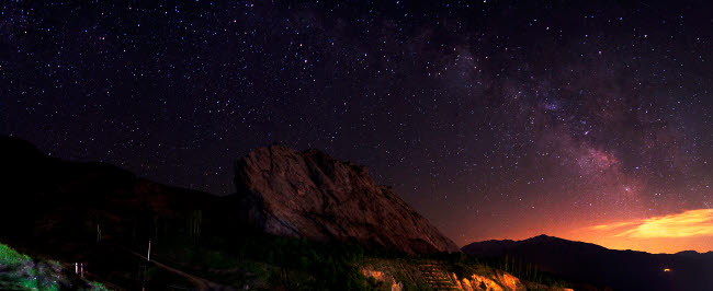 AAM200007S © Stocktrek Images, Inc. Starry night sky above Alamut castle, Qazvin Province, Iran.