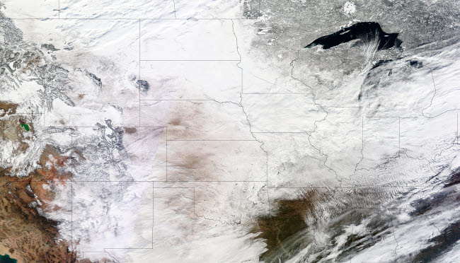 STK203539S © Stocktrek Images, Inc. Satellite view of a massive winter storm over the United States.