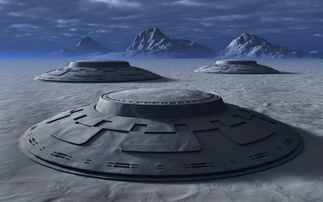 MAS200129S © Stocktrek Images, Inc. Giant alien flying saucers on the ground in Antarctica.