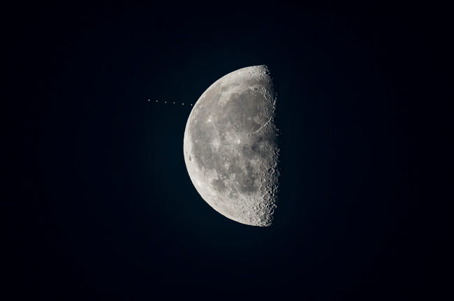 ADY200358S © Stocktrek Images, Inc. The waning gibbous moon approaches the star Aldebaran.