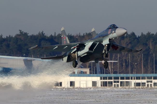 ANK100305M © Stocktrek Images, Inc. Su-35S jet fighter of Russian Air Force taking off, Zhukovsky, Russia.