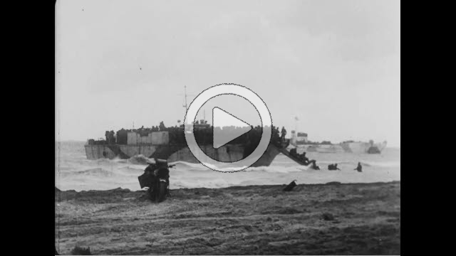 NAR800143F © Stocktrek Images, Inc. Wide shot of allied soldiers landing on beach in Normandy, France.