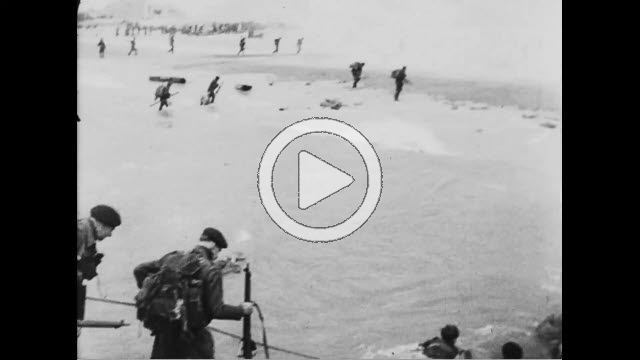 NAR800144F © Stocktrek Images, Inc. Allied soldiers landing on beach in Normandy, France.